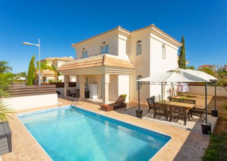 Villa Anassa