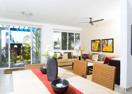 Casa Laurita -Home with shared pool, close to beach.  2BR + Den