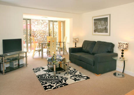 Cotham Lawn 2 bed superior apt