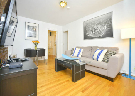 Spacious 2 BR on Upper East Side