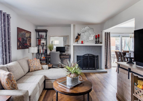 Gray Day Escape ★ 2 bd 2 ba, 15 min from Downtown!
