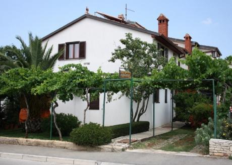 Ferienwohnung 3326-4 für 2+1 Pers. in Štinjan