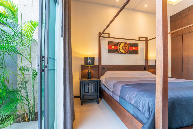 Onyx Lite 2 bedrooms villa with pool Slide-19