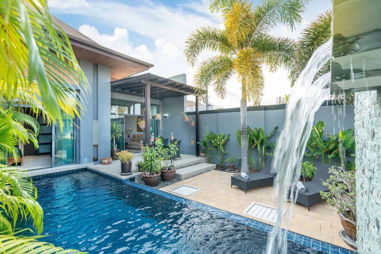 Onyx Lite 2 bedrooms villa with pool Slide-1