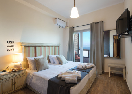Melina Bay House - Deluxe Sea View Apartment