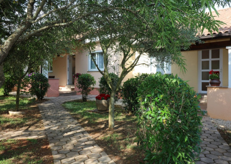 Ferienhaus 4400-6 für 3+2 Pers. in Porec