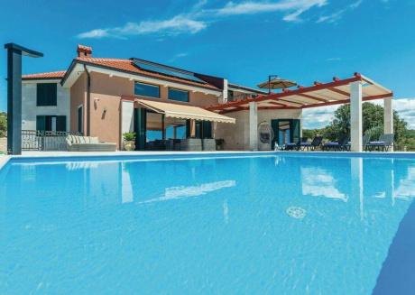 Ferienhaus 4545-1 für 10 Pers. in Novalja