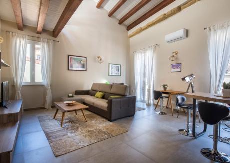 Santa Cecilia Luxury Apartment 5A - Locazione