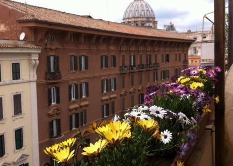 SanPietro Vaticano BambinGesù Penthouse view Dome