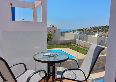 Enjoy the wonderful amenities offered by this 3 bedroom villa with its own pool