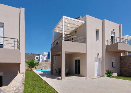 This 2 bedroom villa with its own pool perfect for a vacation in Crete
