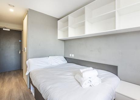Strat Ro ABE 307B · Stylish Private Room Near Stratford Park