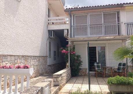 Apartment Alexandra