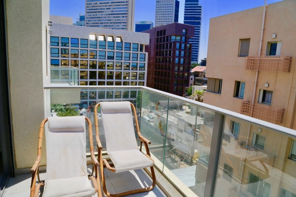 Vibrant 2 BR w/ balcony in Kerem Hatemanim Slide-1