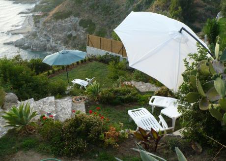 Calabria - Villa overlooking the sea of Capo Vaticano