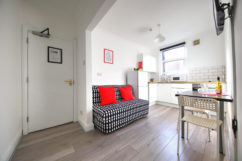 ME2 1 Bedroom Apartment Slide-1