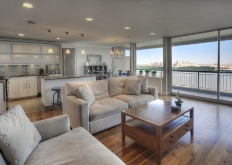 Stunning 1 BR  w/ NYC View on Fort Lee