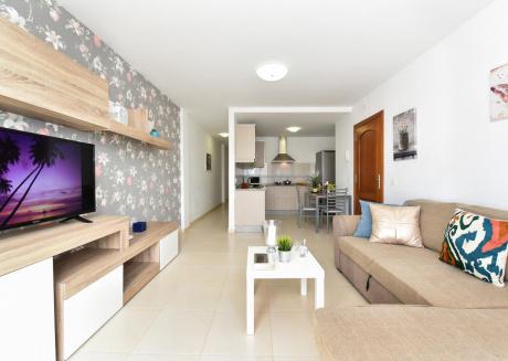 Modern and New Apartment in Arinaga Playa 2A