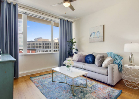 #1106- BRAND NEW HIGH-RISE MODERN CONDO FRENCH QTR #1106