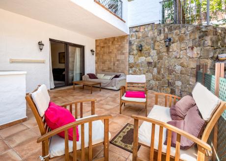 Trocadero Beach - Luxury Apartment in 5 mins walk to Marbella Best Beach and Golf