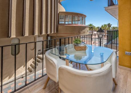 Fuengirola El Puerto - First Line Marina Apartment with Stunning Sea Views