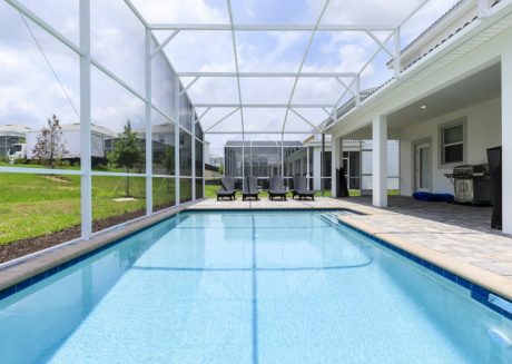 Gorgeous 8-Bed Pool Home at ChampionsGate Resort