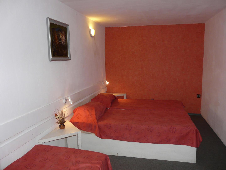 Guest House Villa Colour Slide-9