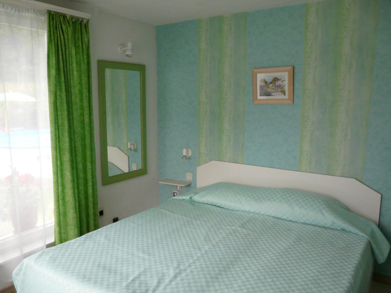 Guest House Villa Colour Slide-5