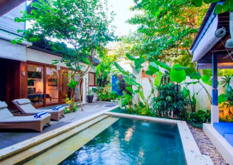 Splendid 3 Bedroom Villa Seminyak / Canggu