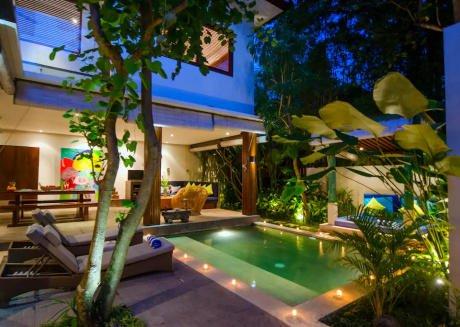 Prestigious 15Bedroom Villa Private Complex