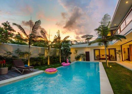Fabulous 3Bedroom Villa Canggu Private Pool