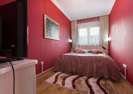 Apartment S7
