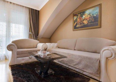 Apartment S15