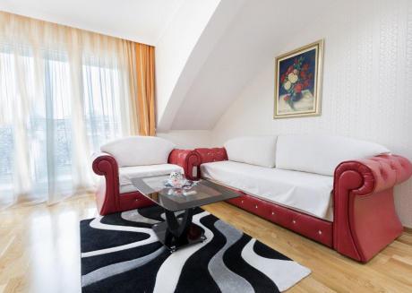 Apartment S13