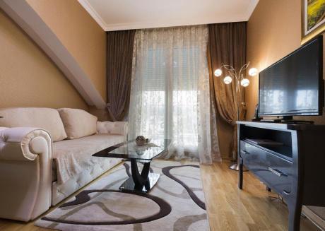 Apartment S16