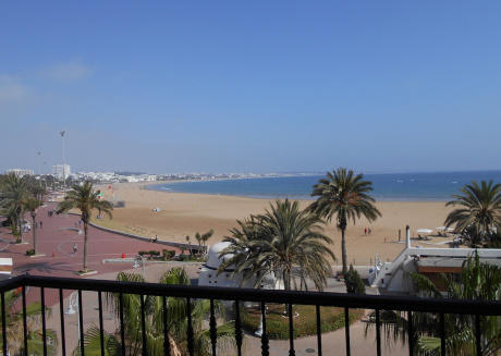 Spacious Apartment with amazing sea views T24301