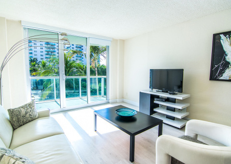 O. Reserve Standard 2 | 1 Bed 1 Bath, Steps away from the Beach!