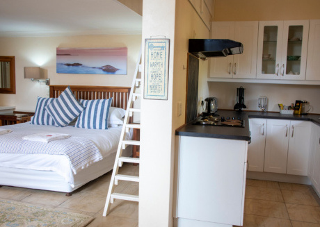 Whale Tails Self Catering Family Loft Suite