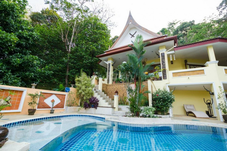 villa sawadee with swiming pool in tropical garden Slide-25