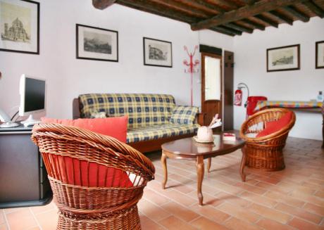 Holiday Apartment Carpe Diem Colognora Di Pescaglia Red Apartment