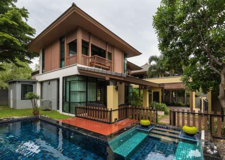 3 Bedroom PrivateVilla with pool V99 in Pattaya