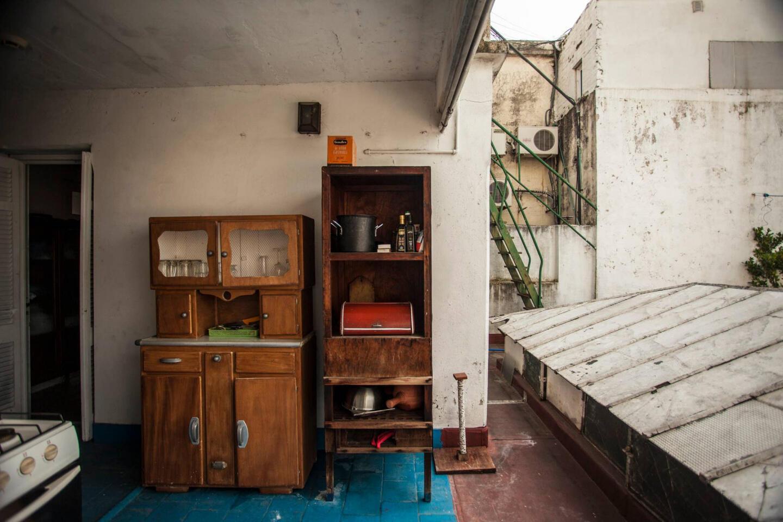 Charming Service Quarters In Mansion In San Telmo Slide-4