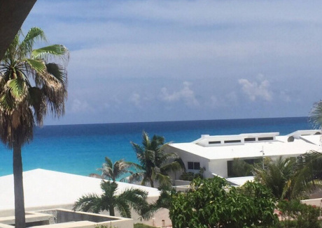 Wonderful Suite front of the beatch in Cancun Hotel Zone