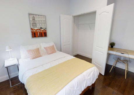 NEW Private Bedroom Free Laundry steps from PATH!