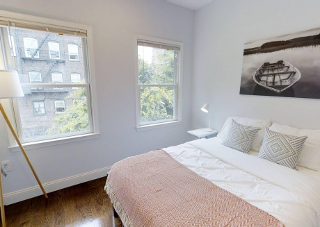 Beautiful Journal Square Room Near PATH Station