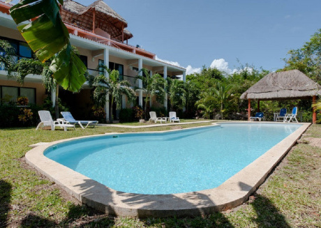 2 Bedroom Ph with Golf Course View, Pet Friendly - Puerto Aventuras
