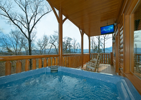 Enjoy Mountain Views, Theater Room, Game Room - located close to attractions!