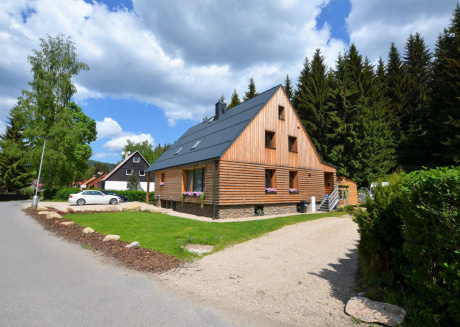Spacious Apartment in Harrachov near Ski area
