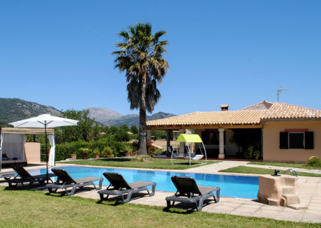 Modern Villa in Selva with Swimming Pool