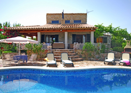 Heritage Mansion in Mancor de la Vall with Private Pool